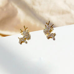 Attractive Charming Artistic Animal Alloy Rhinestones With Rhinestones Women's Earrings (Set of 2)