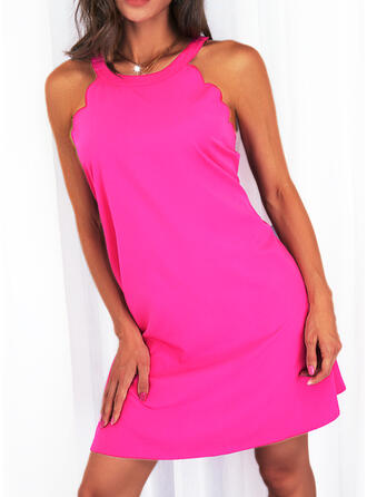 Solid Sleeveless Shift Knee Length Casual Dresses