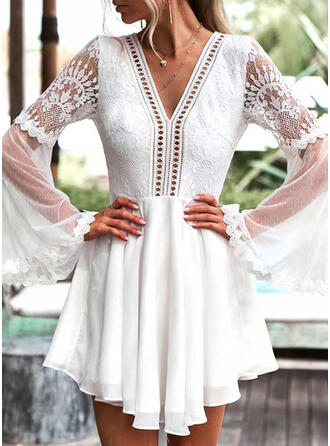 Lace/Solid/Backless Long Sleeves/Flare Sleeves A-line Above Knee Sexy Skater Dresses